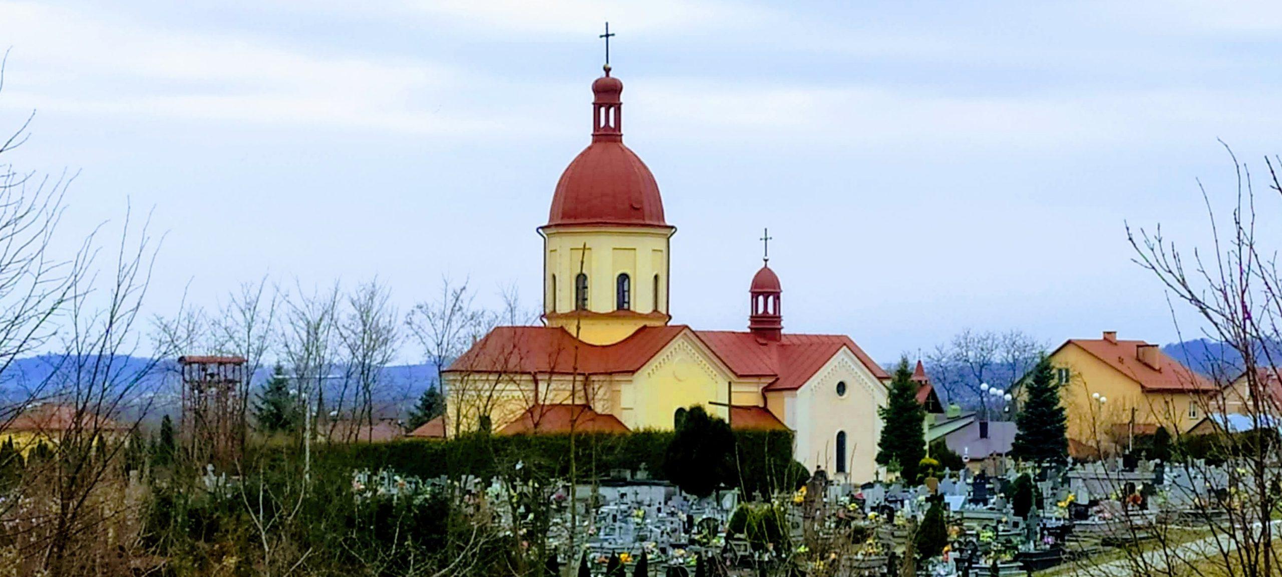 Kościół i cmentarz